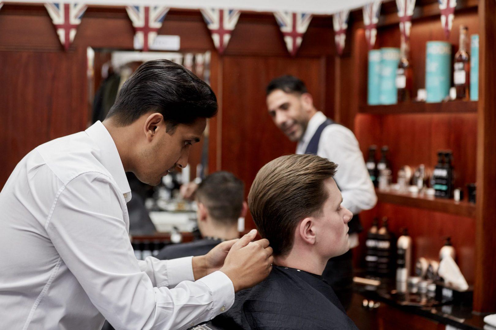Barbers Tottenham Court Road - Best Barbers Near Totthenham Court Road - Pall Mall Barbers Fitzrovia